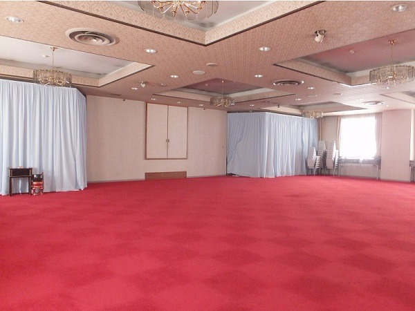 築地本願寺 第二伝道会館 2階瑞鳳の間 式場内風景