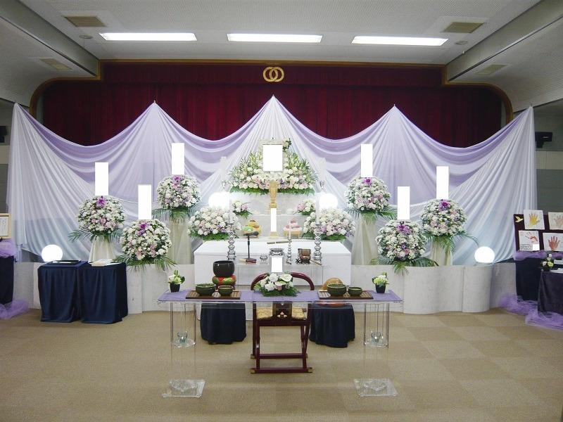 常楽院ホール 祭壇画像①