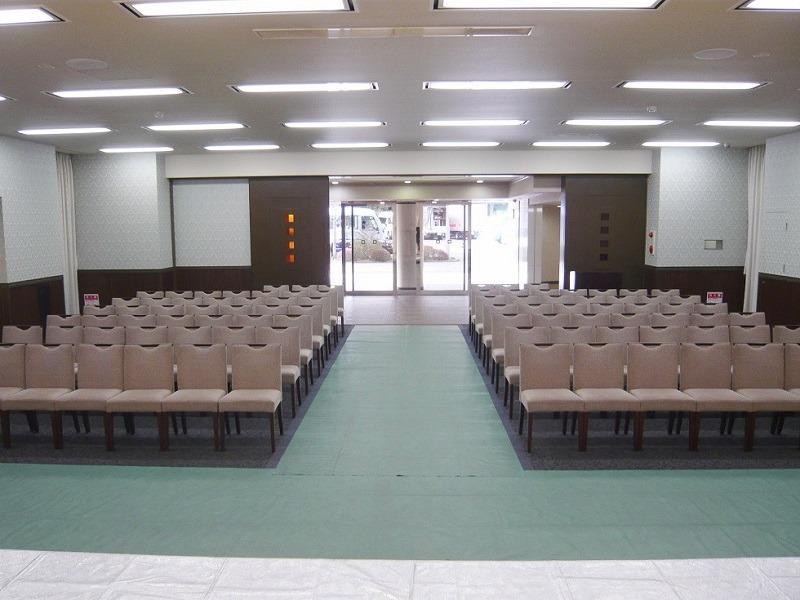 日華斎場(多磨葬祭場) 思親殿 式場内風景②