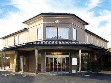 谷塚斎場 東館 外観