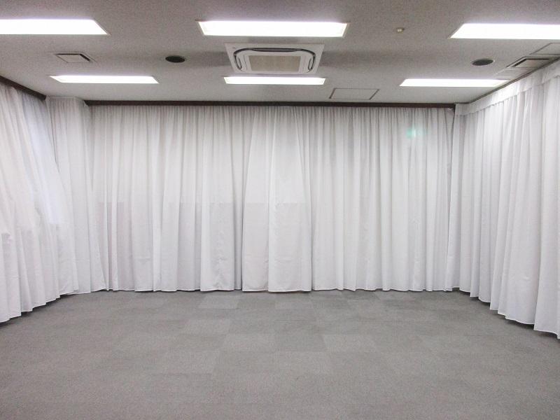 観音寺斎場 式場内風景①