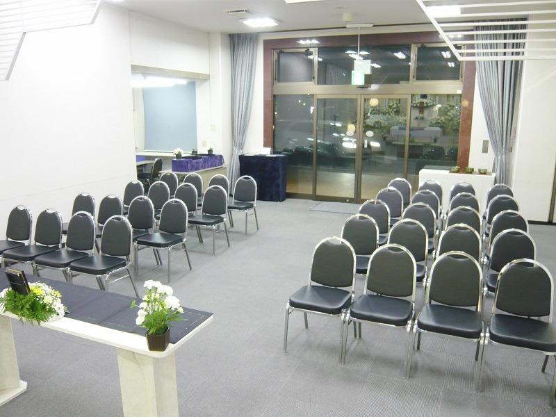 谷塚斎場 式場内部画像