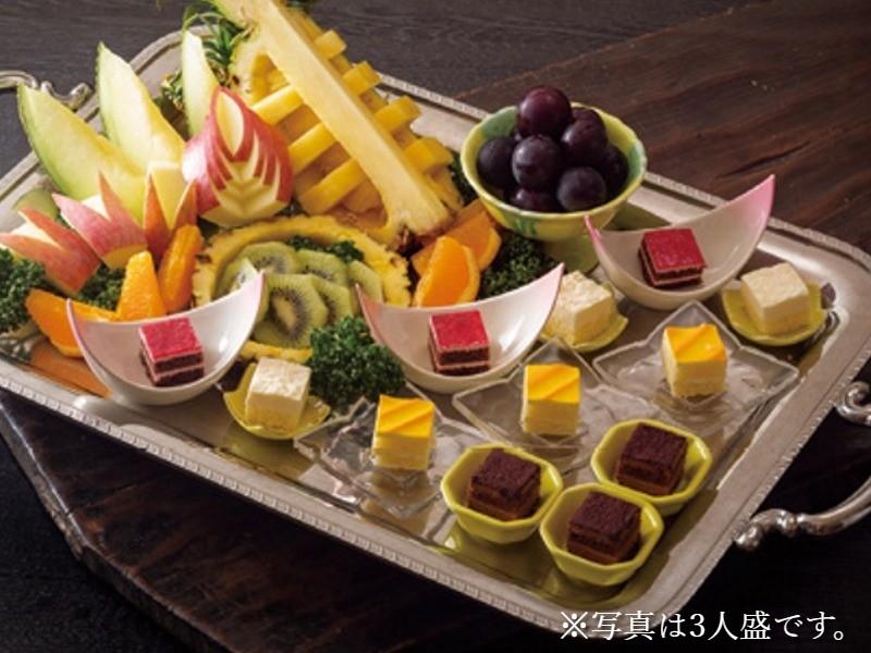 フルーツ&プチケーキ