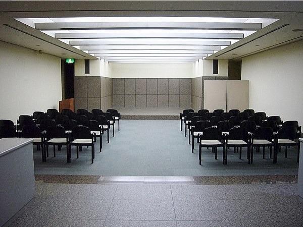 横浜市南部斎場 1階ホール 式場内風景①