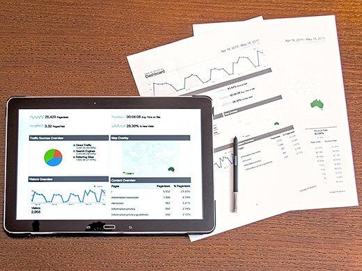 直帰率とは?離脱率との違い、WEBサイトごとの平均や改善方法について